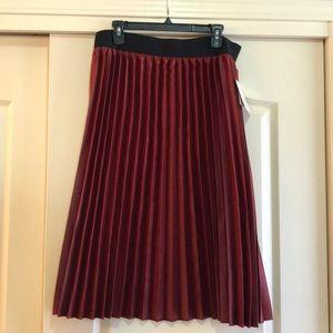 Lularoe Jill elegant pleated skirt red sz XL
